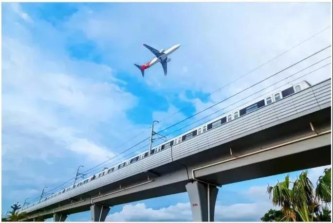 喜讯!15号线年内开建,又一条串联机场轨道交通,看看经过哪里?