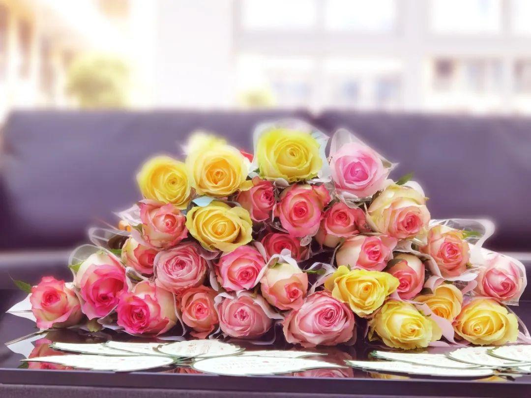 """女神节,康康重庆数字创意产业园的""""花式""""表白~"""