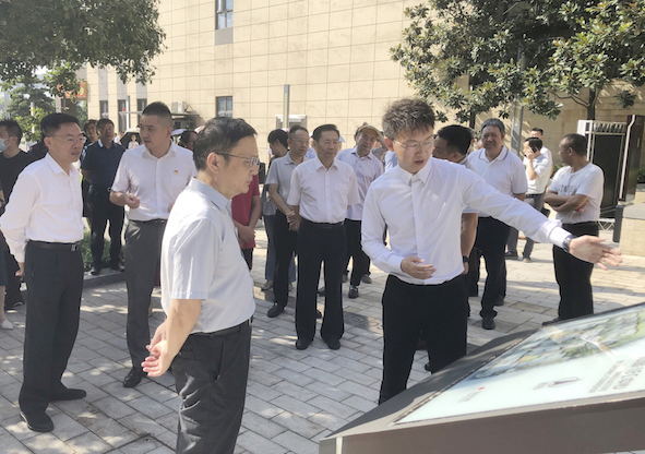 重庆市渝北区政协主席彭建康一行莅临重庆国盛数字创意产业园视察指导